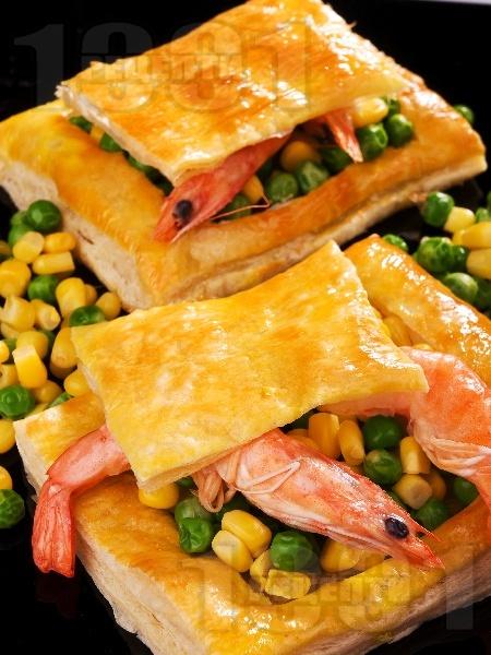 Зеленчукова бутер пита със скариди - снимка на рецептата